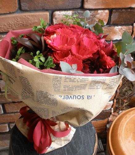 【ポイント10倍】花束 レッドアソートメントブーケ【花 フラワーギフト プレゼント 花束 フラワー】