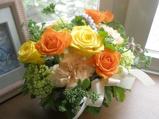 【ポイント10倍】アレンジ ロマンチックオレンジ【花 フラワーギフト プレゼント アレンジメント】の画像1枚目
