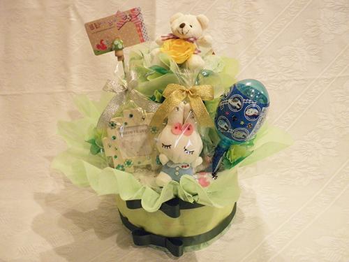 【ポイント10倍】おむつケーキ【誕生日 バースデー 贈答 プレゼント ギフト キャンディ】