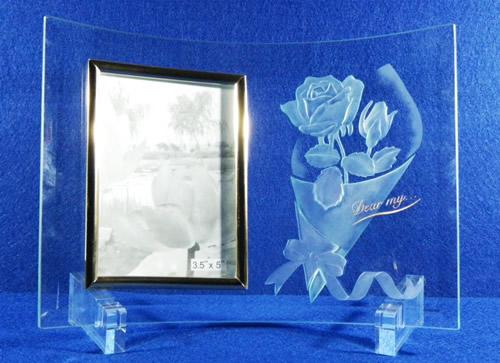 【ポイント10倍】ガラスフォトスタンド【誕生日 贈り物 プレゼント ガラス フォトスタンド】の画像1枚目