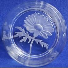 【ポイント10倍】名入れオールドグラスフラワーガーデン/マーガレット【誕生日 贈り物 プレゼント ガラス グラス】の画像1枚目