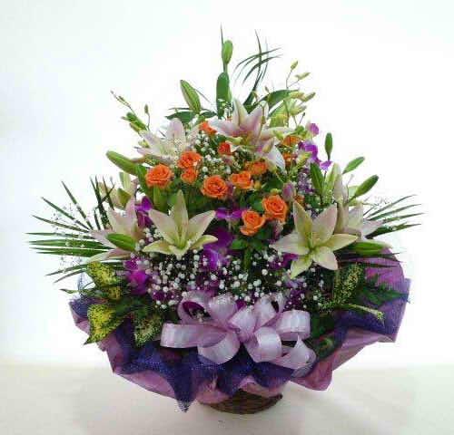 生花アレンジバスケット入り7【花 フラワーギフト プレゼント お祝い 誕生日 贈り物】