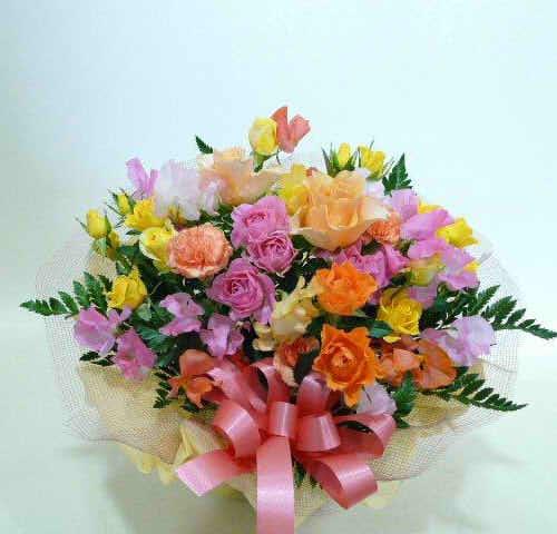 生花アレンジバスケット入り2【花 フラワーギフト プレゼント お祝い 誕生日 贈り物】の画像1枚目