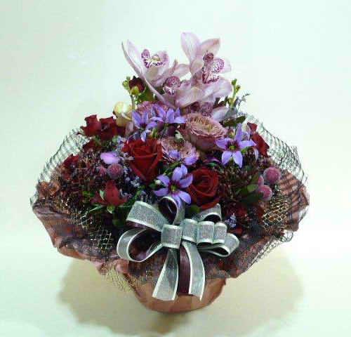 生花アレンジバスケット入り4【花 フラワーギフト プレゼント お祝い 誕生日 贈り物】