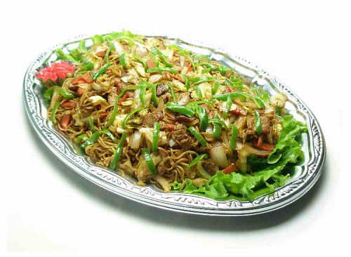 【ポイント10倍】野菜たっぷり焼きそば【手作り オードブル 惣菜 高級食材使用】の画像1枚目