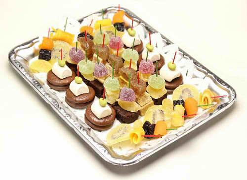 【ポイント10倍】ドライフルーツとブラウニのピンチョス【手作り オードブル 惣菜 高級食材使用】の画像1枚目