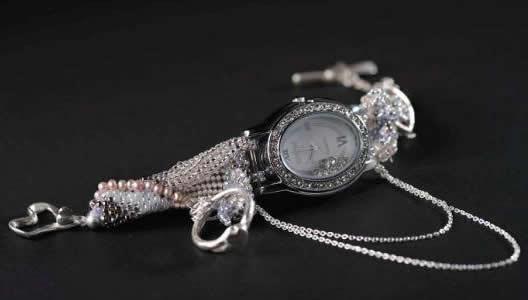 私の時間<br>【誕生日 贈り物 プレゼント お祝い アクセサリー 一点もの 時計 ブレスレット ハングル】の画像1枚目