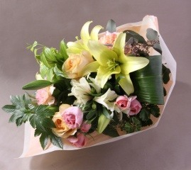 【ポイント10倍】【銀座花門】ベーシックブーケM【花 フラワーギフト プレゼント お祝い 誕生日 贈り物】