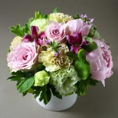 【ポイント10倍】【銀座花門】オリジナルアレンジメントM(ピンク)【花 フラワーギフト プレゼント お祝い 誕生日 贈り物】
