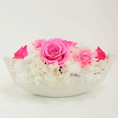 淡いピンク色の薔薇 ヴェネチア【プリザーブドフラワー アレンジメント フラワーギフト プレゼント ギフト】の画像1枚目