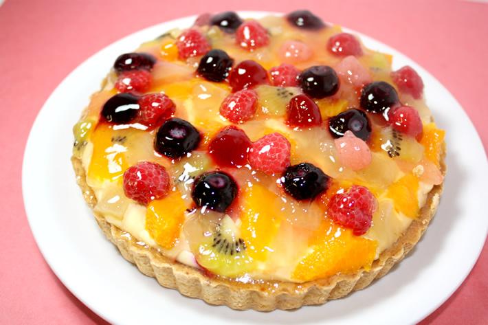 フルーツたっぷりのタルトケーキがすごいと話題!