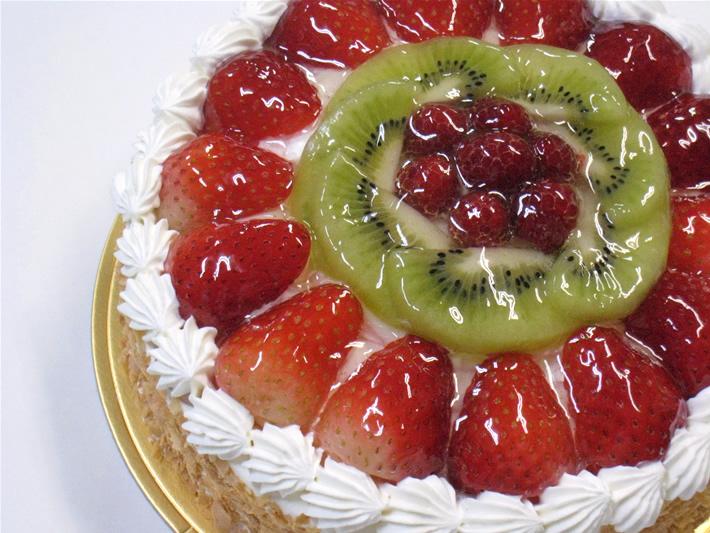フルーツ生デコレーション8号(10名〜12名様)【バースディ】【バースデーケーキ 誕生日ケーキ デコ】の画像1枚目