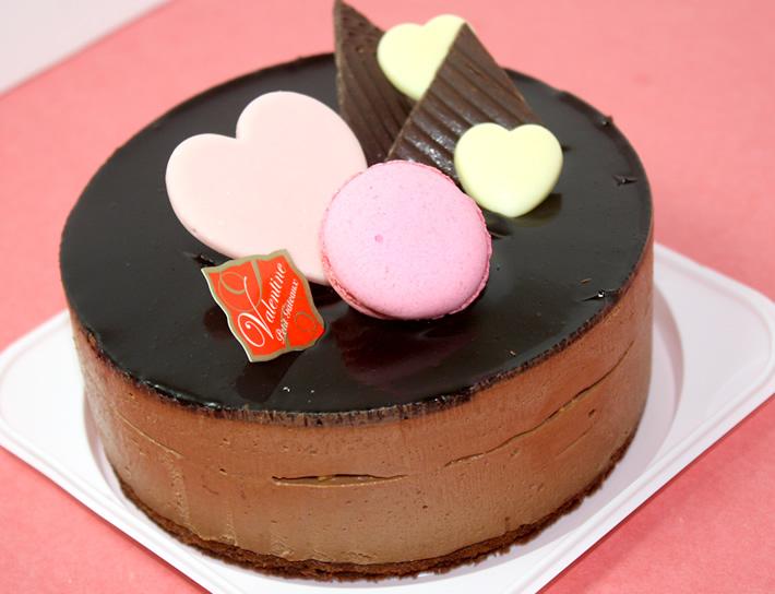 チョコレートケーキ【バースデーケーキ 誕生日ケーキ デコ いちご   バースディ】【バレンタイン ホワイトデー】の画像1枚目