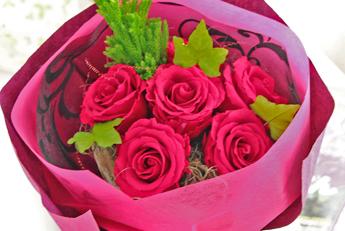 【花束:赤いバラ】プリザーブドフラワー