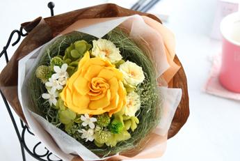 【花束:黄色のガーデニア&マリアンヌ】プリザーブドフラワー
