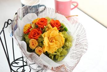 【花束:黄色のガーデニア&オレンジのバラ】プリザーブドフラワー