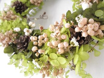 紫陽花(あじさい/アジサイ)ペッパーベリーアイボリープリザーブドフラワー