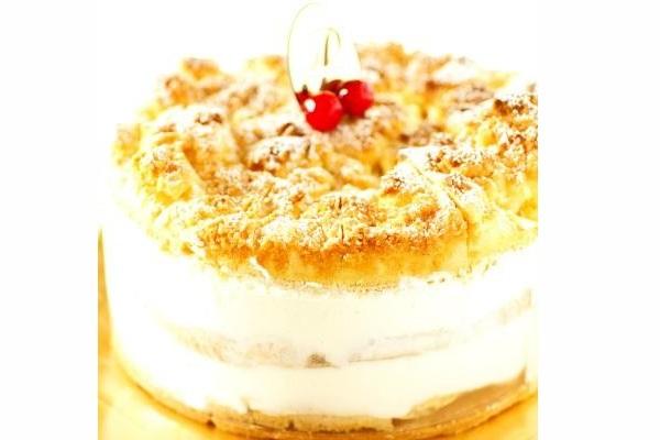 最高級洋菓子 フロッケンザーネトルテ 自家製赤すぐりジャムのショートケーキ15cm