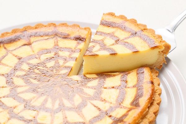 ベークドチーズケーキ(6号ホール 直径18cm)の画像3枚目