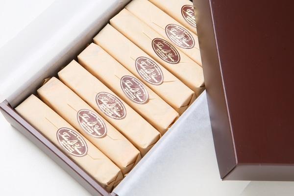 ベークドチーズケーキ(スティックタイプ) 8本入り 直径10.5cmの画像6枚目