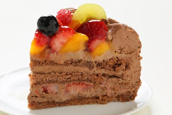 チョコ生クリームフルーツデコレーションケーキ6号(18cm)【バースデーケーキ 誕生日ケーキ デコ バースデー】の画像4枚目