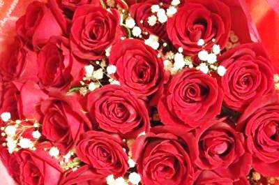 【ありがとうの声】花束&ケーキで愛する人の誕生日をお祝い♪