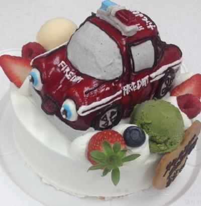 アイスの乗り物土台あり立体ケーキ 5号 15cmの画像3枚目