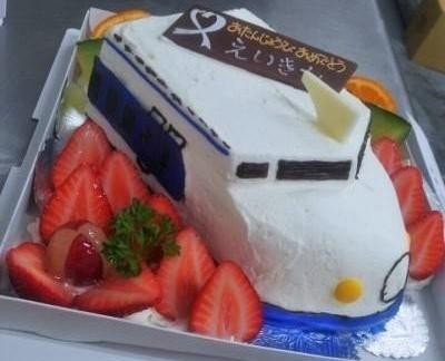 立体ケーキ(のりもの)6号