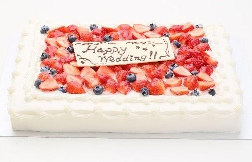 イチゴたっぷりパーティデコレーションケーキ 30×30cm の画像1枚目