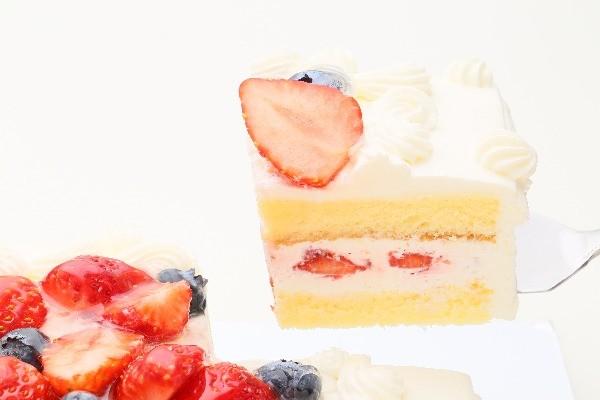 イチゴたっぷりパーティデコレーションケーキ 30×30cm の画像3枚目
