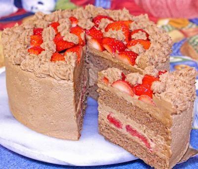 うさちゃんいちごとチョコのデコレーションケーキ  5号の画像2枚目