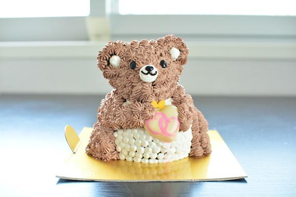 立体くまちゃんケーキ 高さ11cm