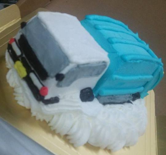 乗り物デコレーションケーキ 4号 12cmの画像2枚目