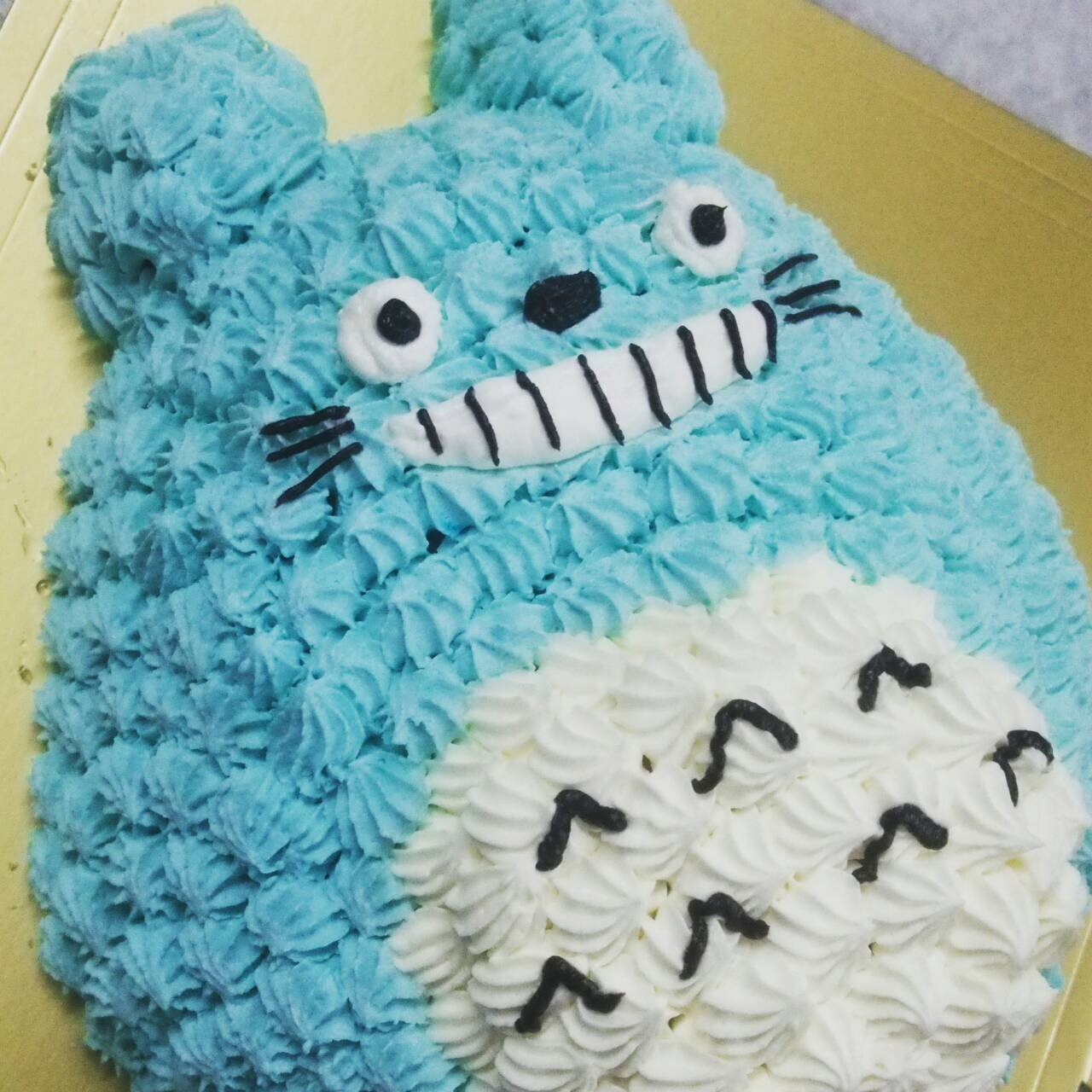 【2016年12月20日~26日まで配送不可】立体キャラクターデコレーションケーキ(T)4号【誕生日 デコ ケーキ バースデー】