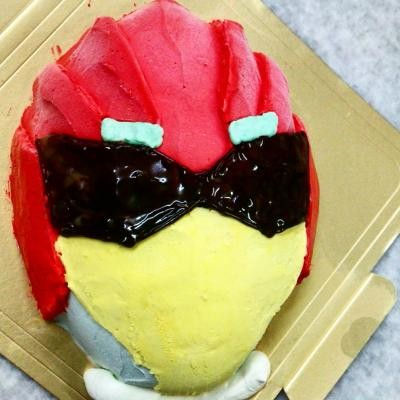 【2016年12月24日配送不可】立体キャラクターケーキジュウオウジャー4号【誕生日 デコ ケーキ バースデー】