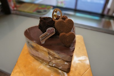 チョコレート&ラズベリーのハートのケーキ4号(12cm)