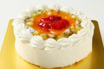 【送料無料】!フルーツの高級デコレーションケーキ6号の画像1枚目