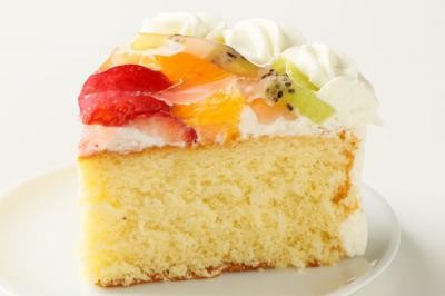 【送料無料】フルーツの高級デコレーションケーキ9号の画像4枚目