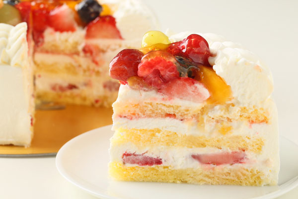 生クリームフルーツデコレーションケーキ 4号 12cmの画像5枚目