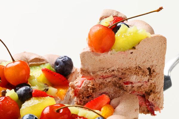 希少糖(レアシュガー)を使ったチョコ生クリームフルーツデコレーションケーキ 5号 15cmの画像3枚目