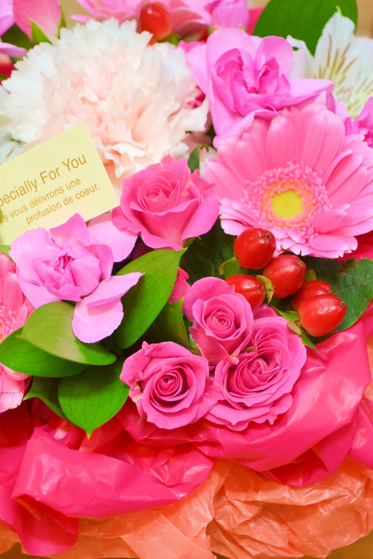 【送料無料】ボックスアレンジ・ピンク【花 フラワーギフト アレンジメント フラワー 誕生日】