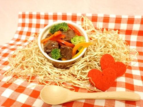 ◆ 馬肉ステーキのカラフルソテー ◆愛犬用ごはん・愛猫用ごはん・ペット用ごはん・手作りごはん・無添加