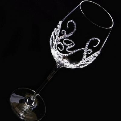 白ワイングラス ティアラ&イニシャル 筆記体   結婚祝い・誕生日プレゼント・デコグラスの画像4枚目