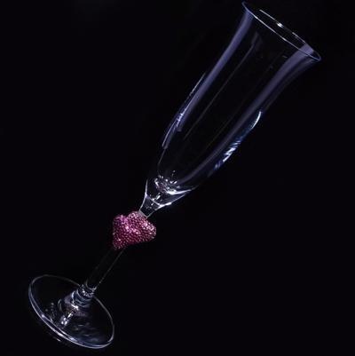 シャンパングラス ペアハート ローズ 結婚祝い・誕生日プレゼント・デコグラスの画像3枚目
