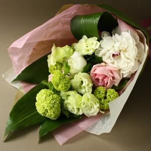 【ポイント10倍】【銀座花門】ワンサイドブーケM(ホワイト)【花 フラワーギフト プレゼント お祝い 誕生日 贈り物】の画像1枚目
