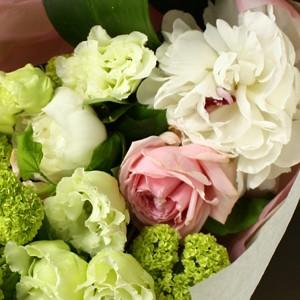 【ポイント10倍】【銀座花門】ワンサイドブーケM(ホワイト)【花 フラワーギフト プレゼント お祝い 誕生日 贈り物】の画像2枚目