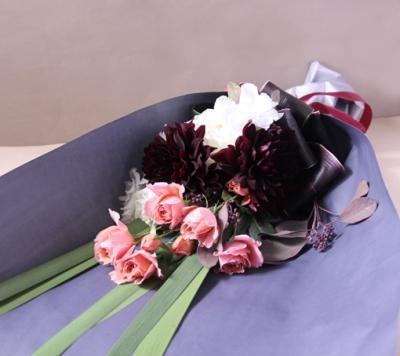 【ポイント10倍】【銀座花門】ワンサイドブーケM(ピンク)【花 フラワーギフト プレゼント お祝い 誕生日 贈り物】の画像1枚目