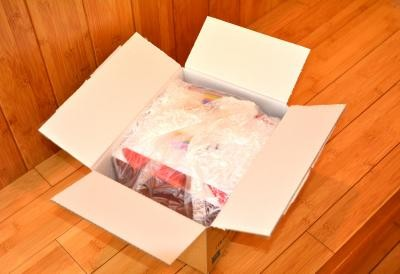 ストロベリー色の生クリーム苺4号/苺2段サンド/北海道生クリーム100%使用/ポストカード無料の画像8枚目