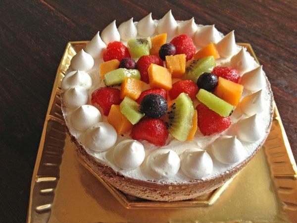 たっぷりフルーツのチョコアイスケーキ 4号 12cm