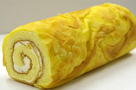 ロールケーキ 生クリームモア バニラ味 18.5cm